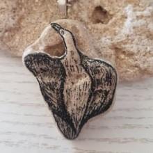 שחף מצויר על אבן כורכר - מחזיק מפתחות