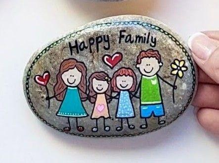 אבן משפחתית - 4 דמויות