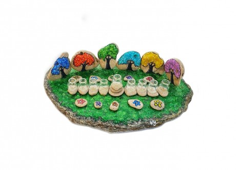 חנוכיה צבעונית - דגם היער הקסום