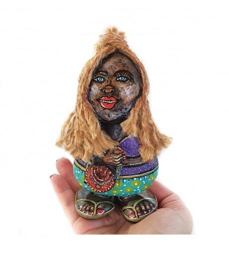 האפריקאית - פסלון מאבנים