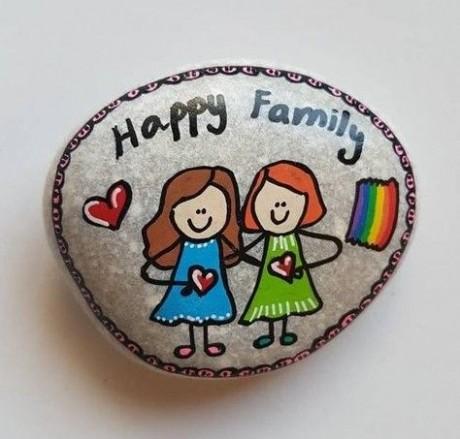אבן משפחתית - 2 דמויות